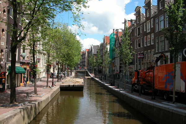canal-100530_1920