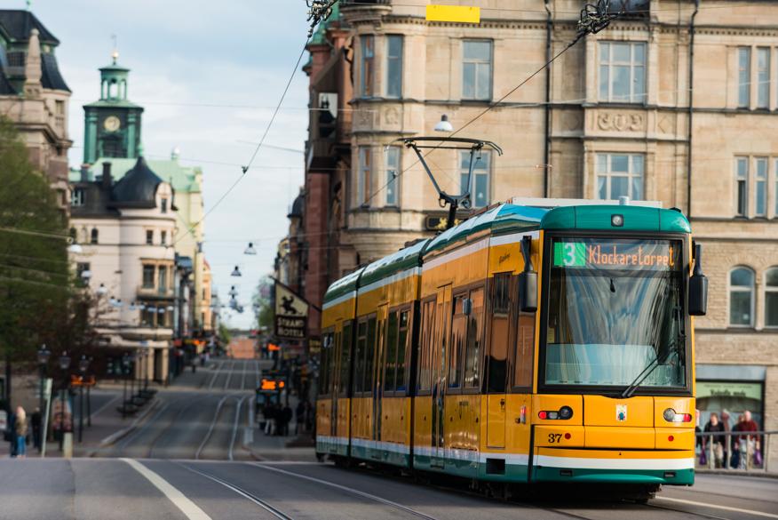 fredrik_schlyter-a_city_tram-5967-10